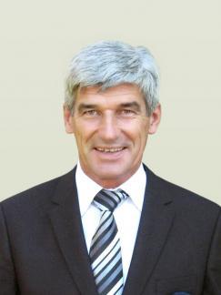 Dr. Gál István portréja