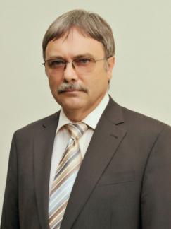 dr. Csaba Medgyesi
